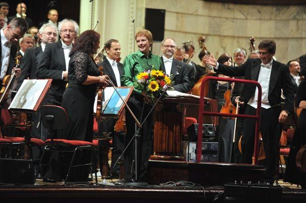 Rozalie Hirs: Roseherte, 21 september 2012, Warsaw Philharmonic, Pascal Rophé