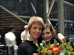 Rozalie Hirs and Susan Narucki (after the premiere of 'Arbre généalogique', Muziekgebouw aan't IJ, Amsterdam, 10 November 2011)