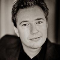 De Avonden, VPRO: Interview by Jeroen van Kan on 'gestamelde werken' by Rozalie Hirs, October 17, 2012