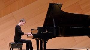 Todd Moellenberg (piano)