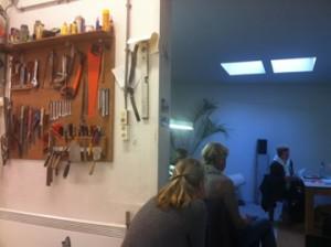 Rozalie Hirs, Dichter aan huis, 2011 (atelier Paul van Laere)